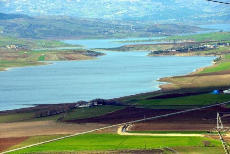 Kahramanmaraş'ta Sır Barajı'nda su seviyesi arttı, valilik çiftçileri uyardı