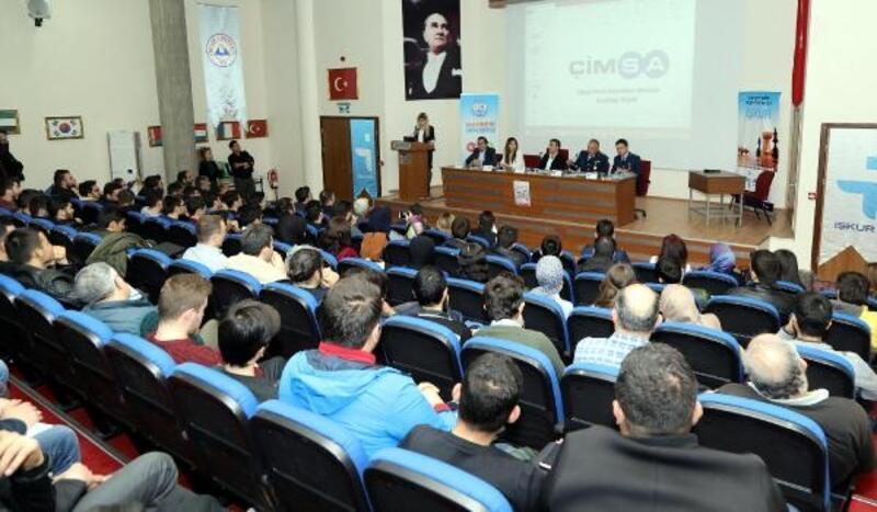 KAYÜ'de '1. İş ve Kariyer Toplantısı' düzenlendi