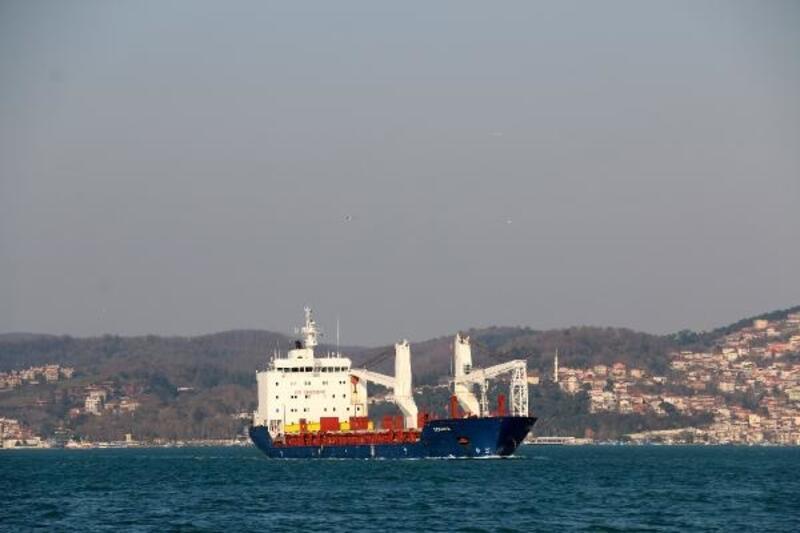 Suriye kargo gemisi İstanbul Boğazından geçti
