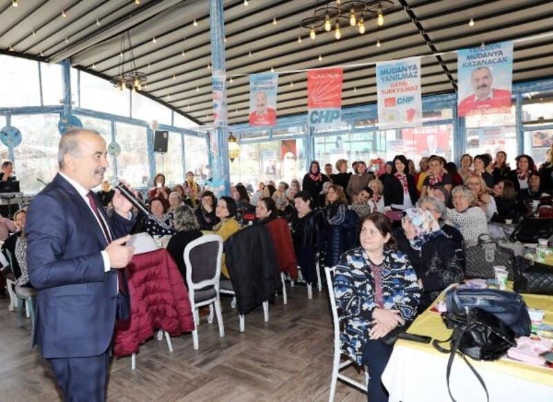 Başkan Türkyılmaz, Mudanyalı kadınlarla buluştu