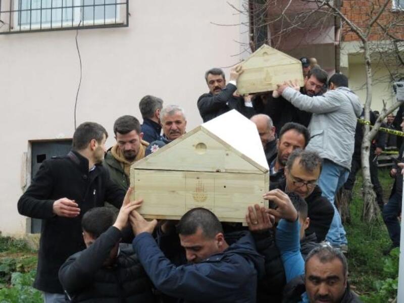 Sancaktepe'de soba zehirlenmesi: 2 çocuk öldü