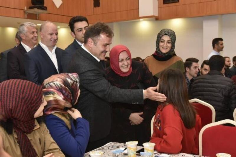 Başkan Çimen, akademisyen ve öğrencilerle buluştu