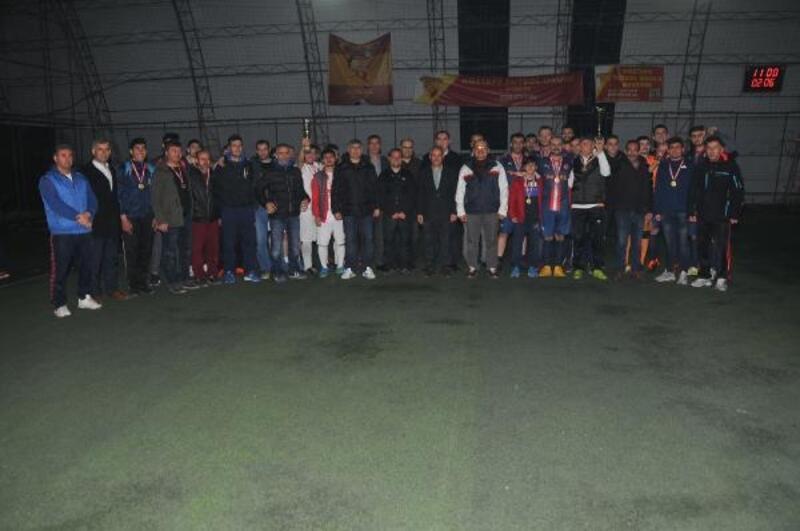 Akşehir'de futbol turnuvasını şampiyonu Yeni Mahalle oldu