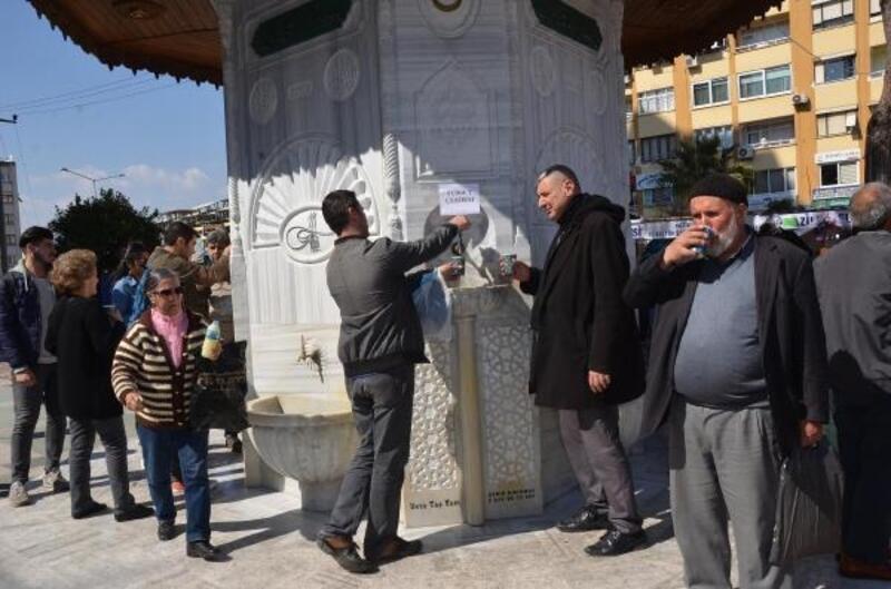 Regaip Kandili'nde Osmanlı çeşmesinden şerbet akıtıldı