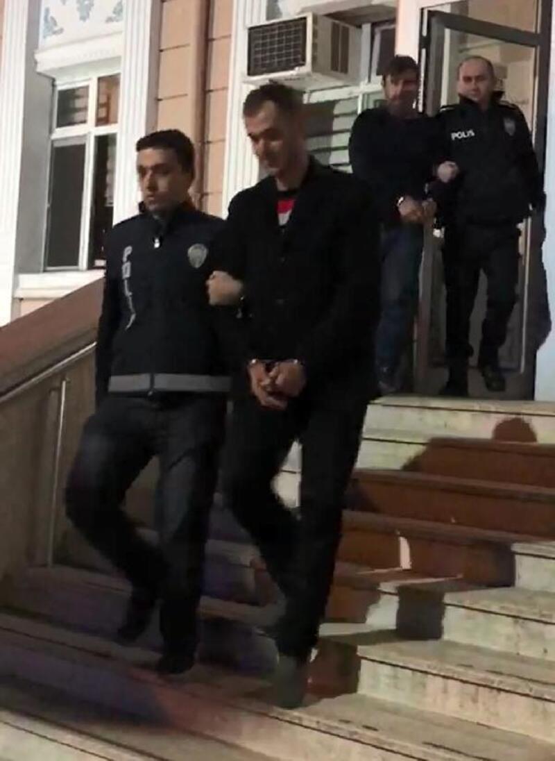 Çocuklarıyla Yunanistan'a kaçmak isteyen FETÖ şüphelileri tutuklandı