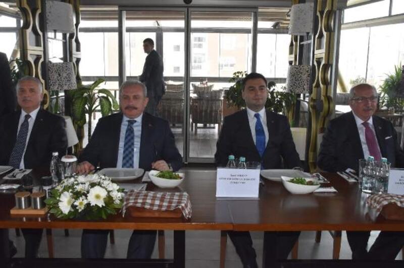 TBMM Başkanı Şentop, Çorlu'da STK temsilcileriyle buluştu