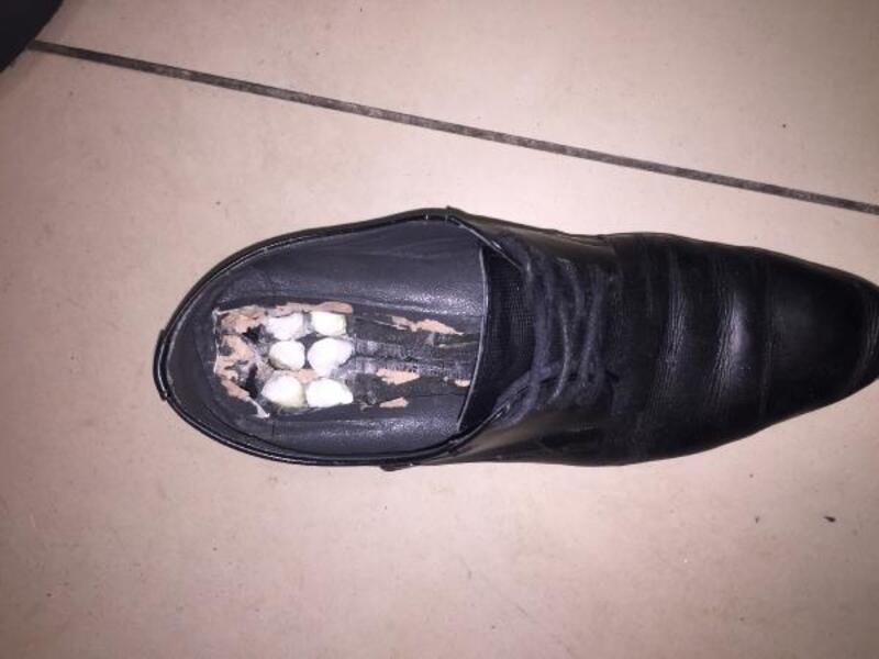 Ayakkabısında uyuşturucu bulunan yolcu tutuklandı