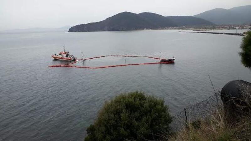 Marmara Adası'nda karaya oturan yük gemisi, tamamen battı