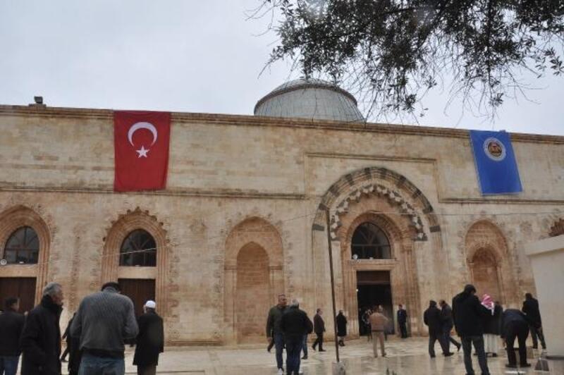 Kızıltepe'deki tarihi Ulu Camii ibadete açıldı