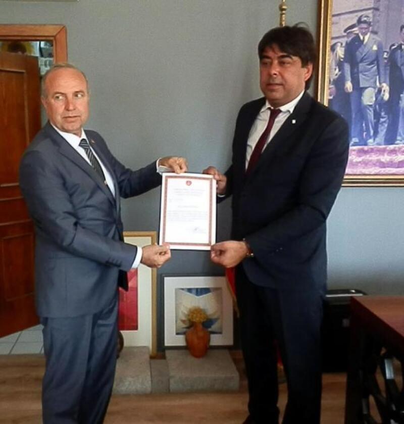 Gökhan Demirağ'a TEMAD onursal üyelik beratı