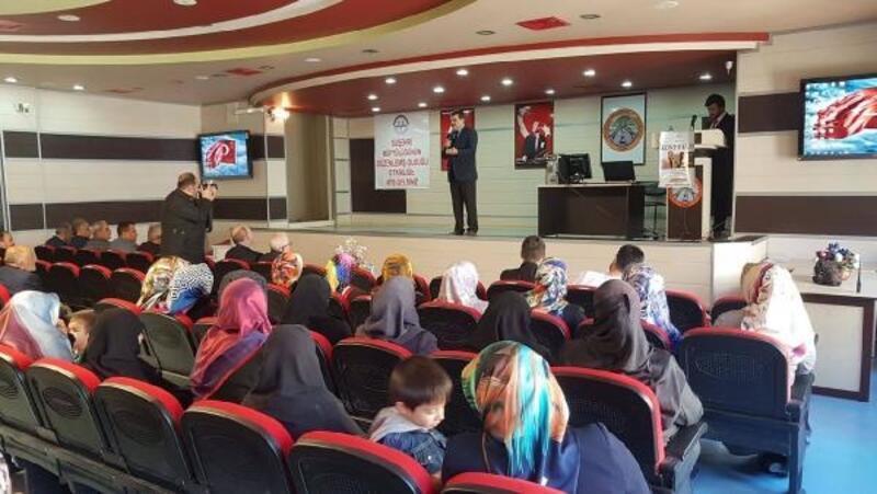 Suşehri Müftülüğünden Çanakkale konferansı