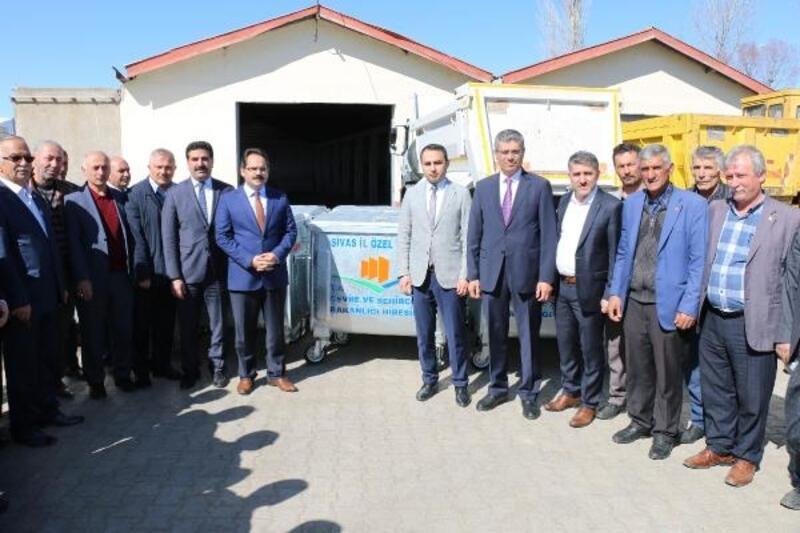 Suşehri köylerine 350 çöp konteyneri dağıtıldı