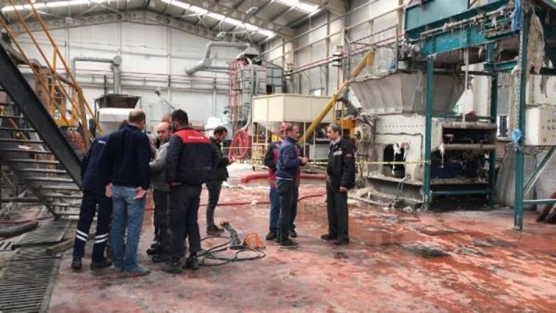 Fabrikada plastik yıkama havuzuna düşen işçi öldü