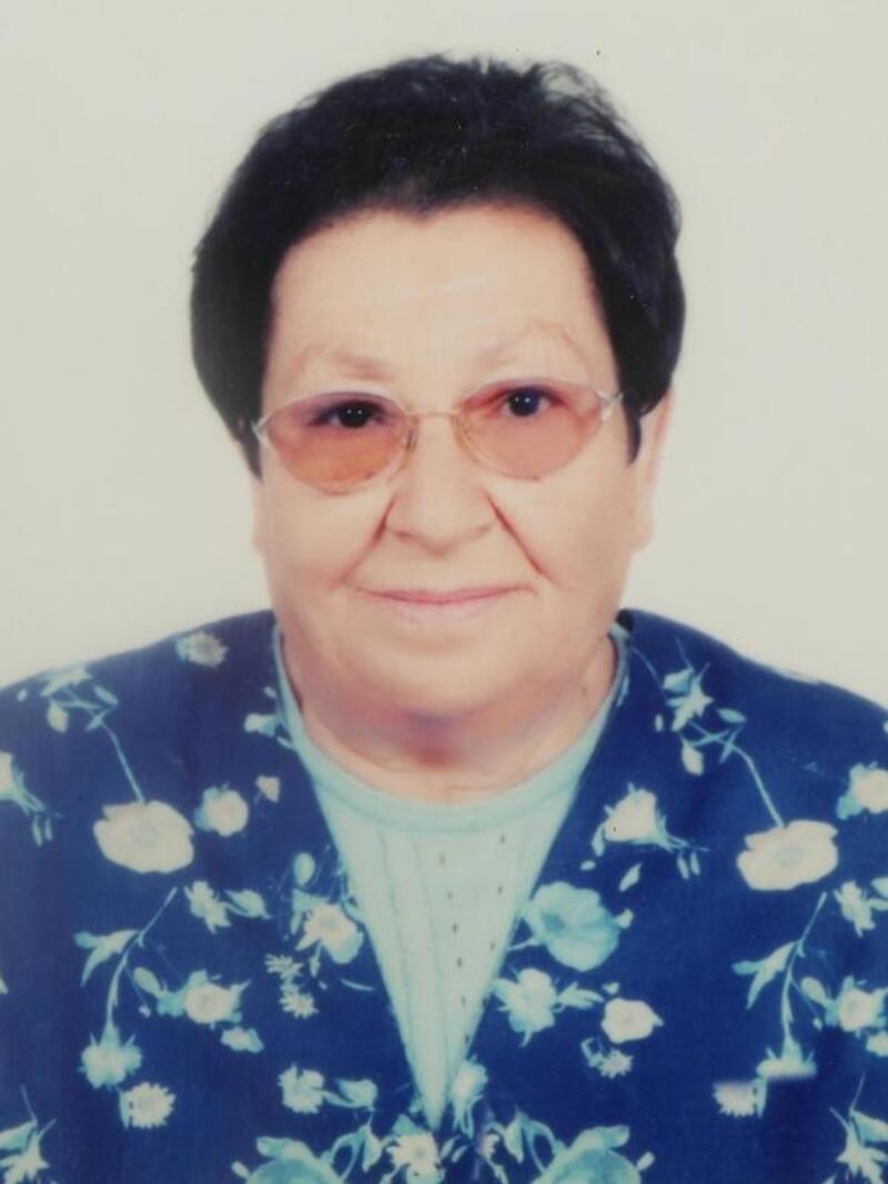 Dikili'nin ilk kadın Belediye Başkanı Tınay, son yolcuğuna uğurlandı