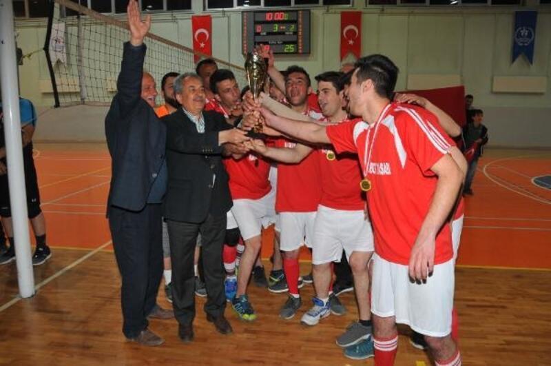 Şipitin Çıksın Voleybol Turnuvası şampiyonu Karabulut Mahallesi oldu