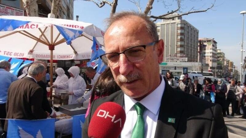 DSP'nin Bursa Büyükşehir Başkan Adayı Özbilge lokma dağıttı