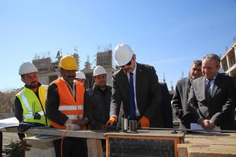 Sivas'a yeni okullar kazandırılıyor