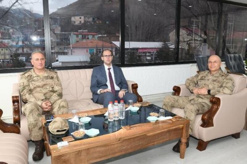 Tümgeneral İlbaş'tan Kaymakam Türkmen'e Ziyaret