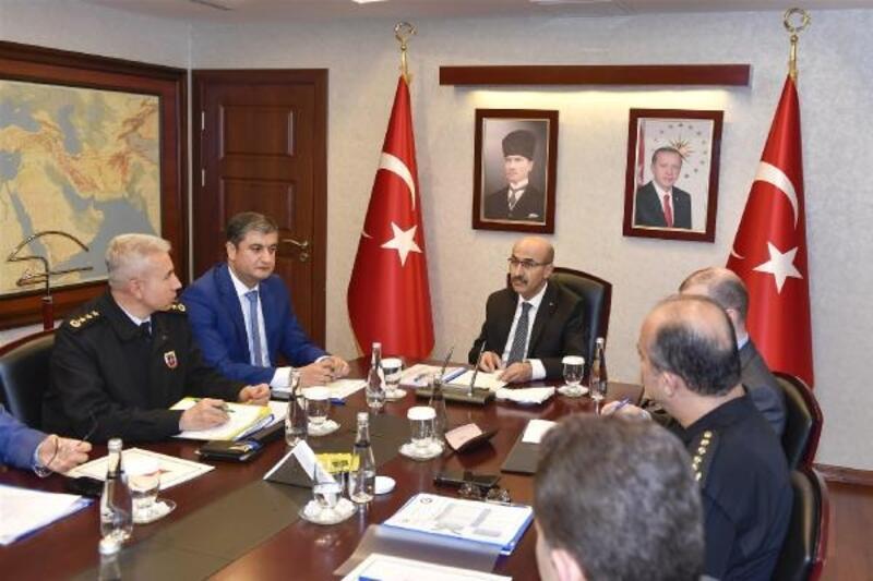 Seçim güvenliği toplantısı Vali Demirtaş'ın başkanlığında gerçekleştirildi