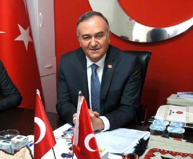 MHP'li Akçay: Geleceği göremeyen siyasetçi kör siyasetçidir