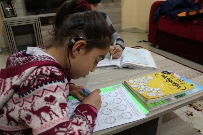 9 yaşındaki Hilal Beyza, 14 bin lira bulunursa duyabilecek