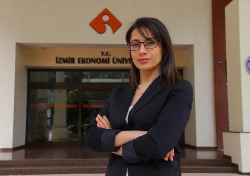 Girişimciler sektöre İEÜ'de hazırlanıyor