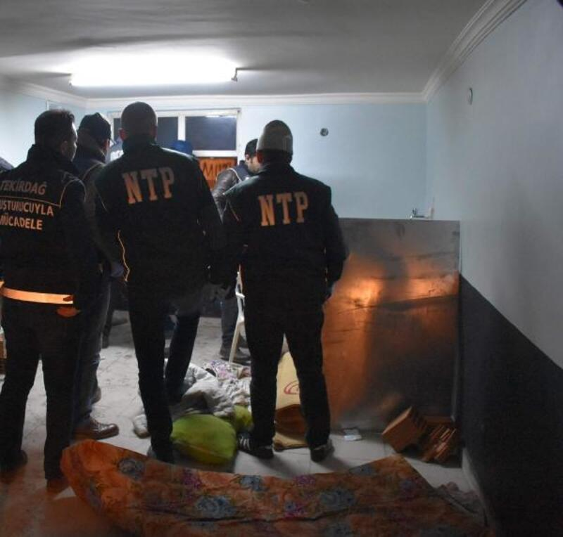 Çorlu'da uyuşturucu operasyonu: 8 gözaltı