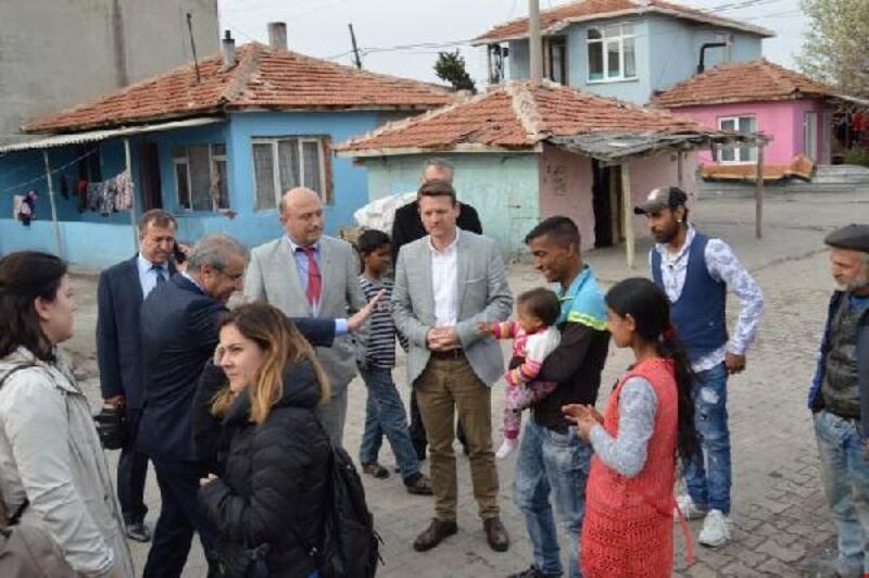 Lüleburgaz'da, 'Umutlu yarınlar' projesi ile ilgili toplantı yapıldı