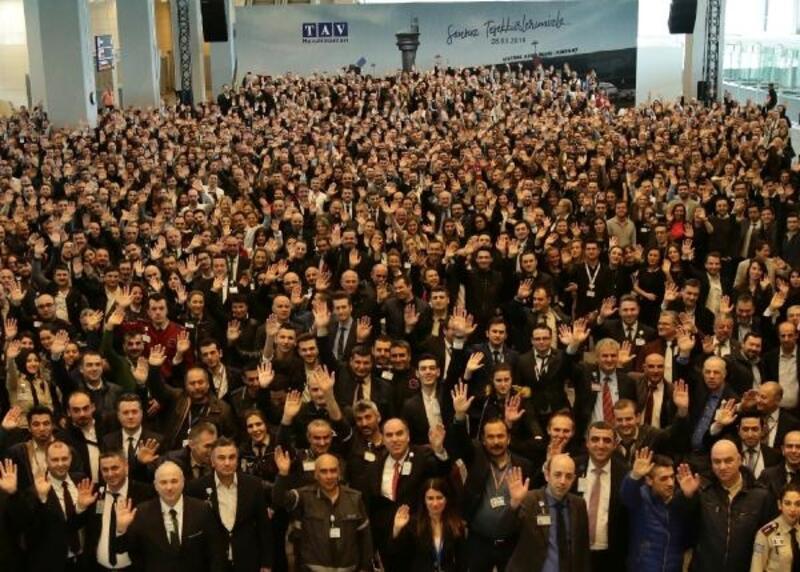 TAV'dan Atatürk Havalimanı'ndaki çalışanlarına teşekkür