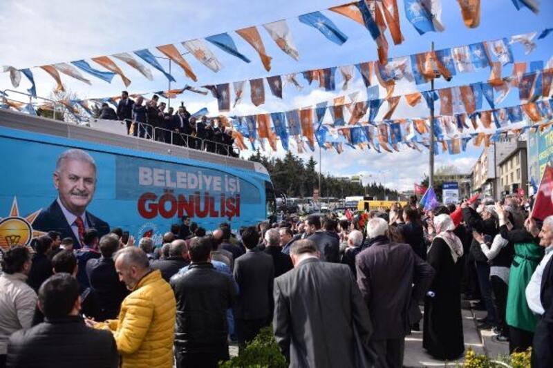 Binali Yıldırım Başakşehir'de düzenlenen mitingde konuştu