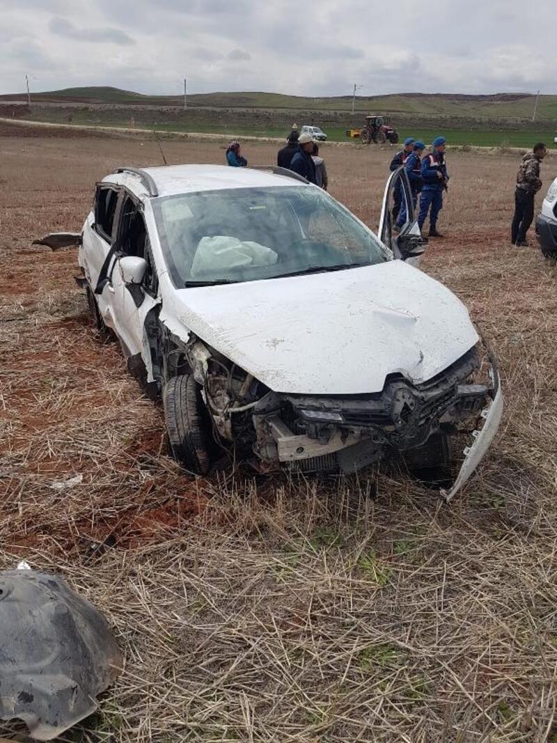 Kırıkkale'de otomobil şarampole devrildi: 1 ölü, 3 yaralı
