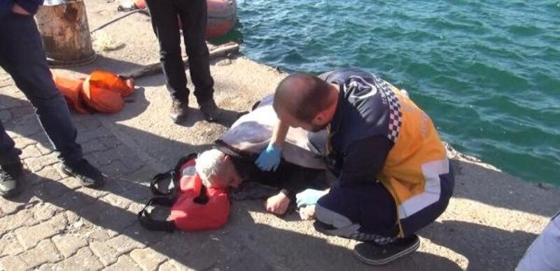 Kuvvetli rüzgar nedeniyle denize düşen kişiyi balıkçılar kurtardı
