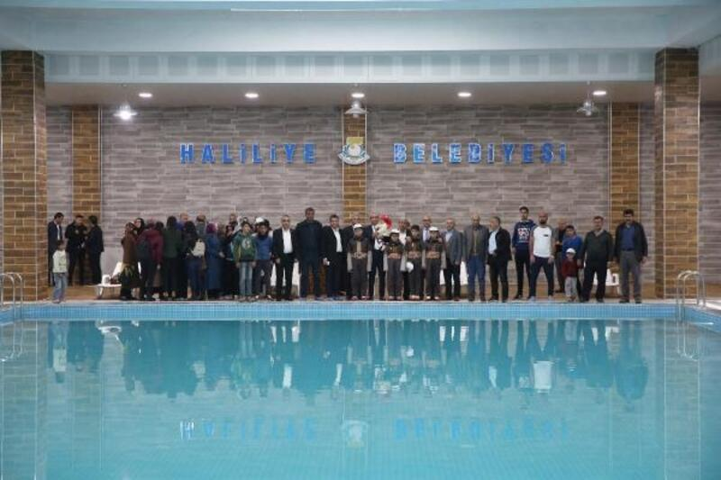 Aliya İzzetbegoviç kapalı yüzme havuzu açıldı