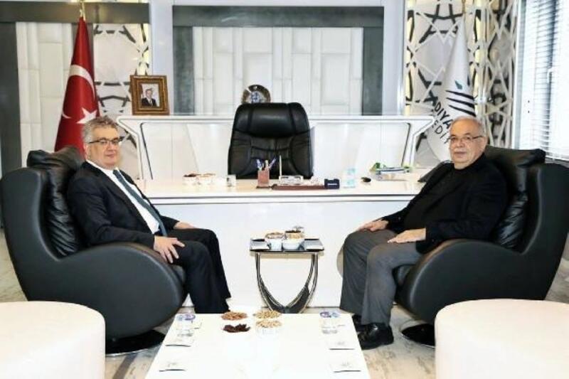 Vali Pekmez'den, Başkan Kutlu'ya ziyaret