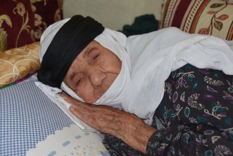 İzmir'in en yaşlı seçmeni olan 115 yaşındaki Arabi Altoğ da oy kullanacak