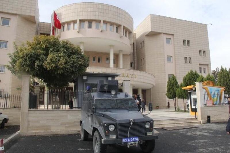 Şanlıurfa'da, 2'si HDP belediye meclis üyesi adayı, 14 kişiye terör gözaltısı