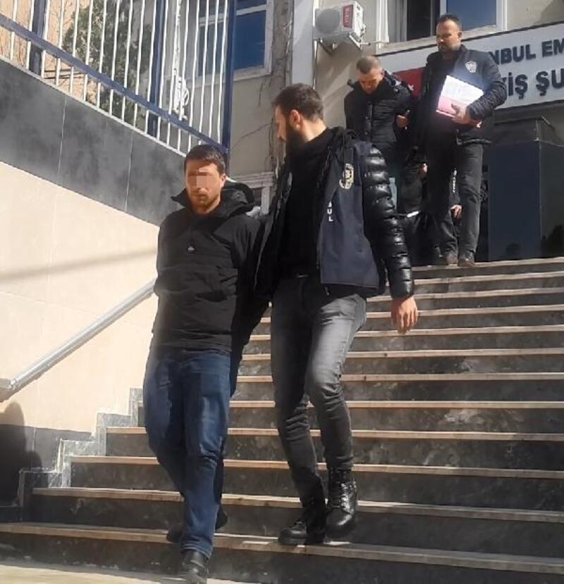 Kadıköy'de evden 1 milyon liralık hırsızlık yapan şüpheliler yakalandı