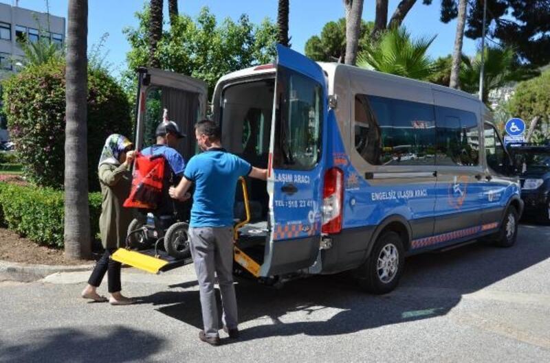 Büyükşehir'den seçimde engellilere araç hizmeti