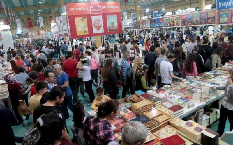İzmir Kitap Fuarı 6 Nisan'da başlıyor