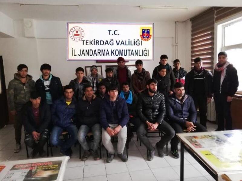 Tekirdağ'da 57 kaçak göçmen ve 2 organizatör yakalandı