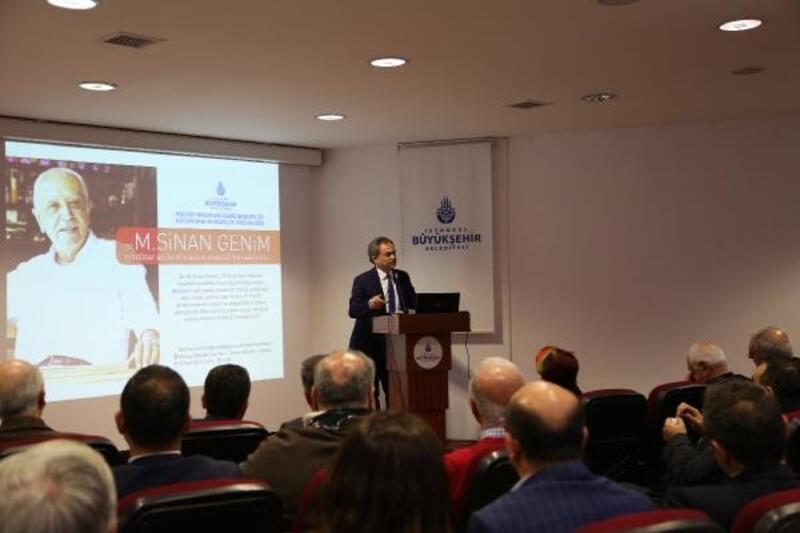Sinan Genim 54 yıllık fotoğraf arşivini Atatürk Kitaplığı'na bağışladı