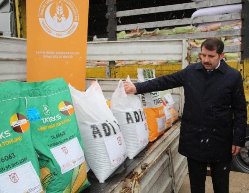 Sivas'ta 2 bin 100 çiftçiye tohum dağıtımı yapıldı