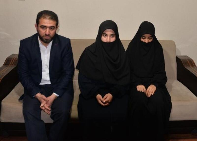Adana'da başörtülü genç kızlara hakaret iddiasına soruşturma