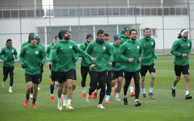 Konyaspor'da Fofana ve Traore takımla çalıştı