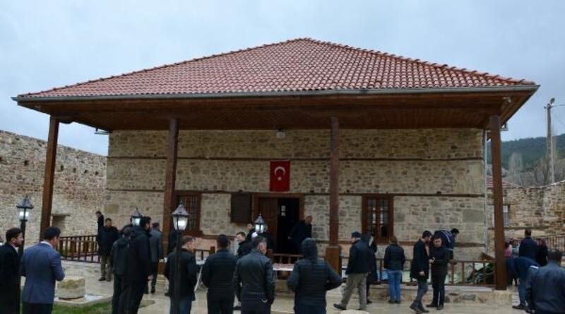 Alaaddin Cami ibadete açıldı