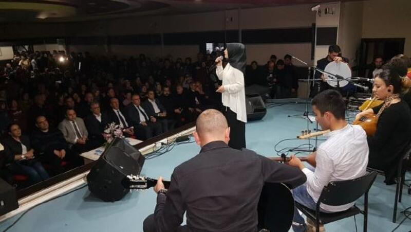 Suşehri'nde, liselerarası müzik yarışmasının finali yapıldı
