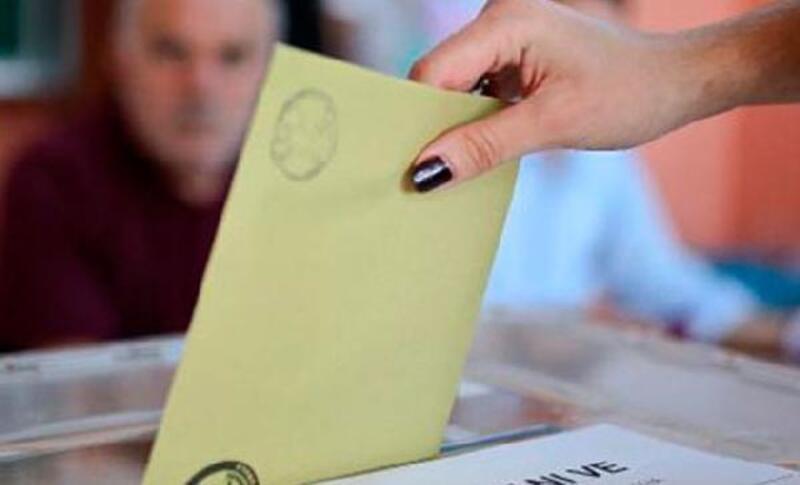 32 ilde oy verme işlemi başladı