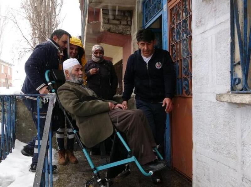 Erzurum'da evde bakım hizmeti alan 150 hasta hastaneye taşındı