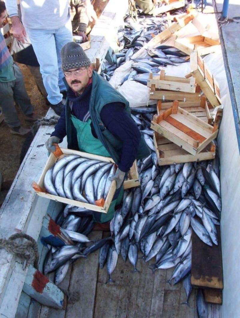 Teknede halatın çarptığı balıkçı öldü