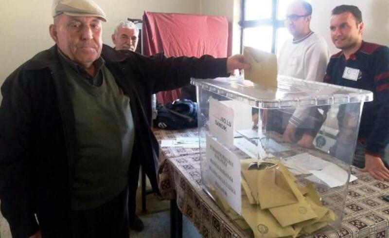 46 seçmenli mahallede oy kullanma işlemi erken bitti
